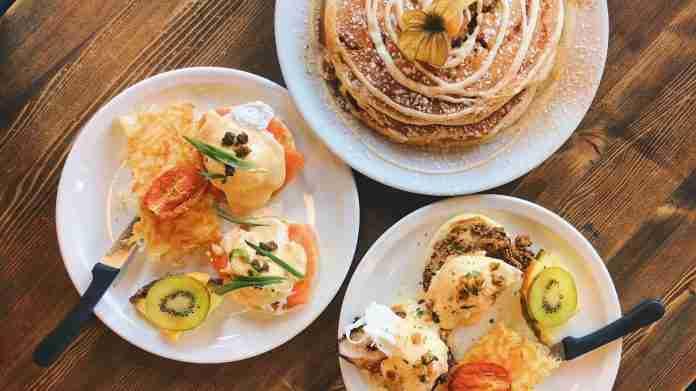3 plates of western food